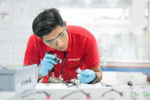 SR Technics selects ULTRAMAIN MRO paperless software
